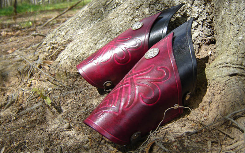 Dark Elven Bracers